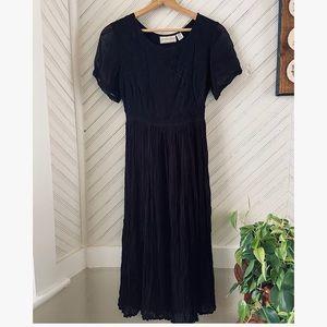 Vtg Black Boho Midi Dress